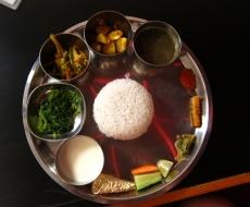 Vegetarisches Dal-Bhat