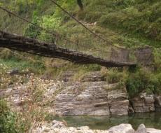 Eine der vielen ... Brücken.